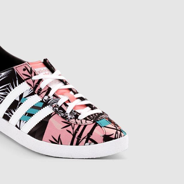 chaussure adidas fleuri femme